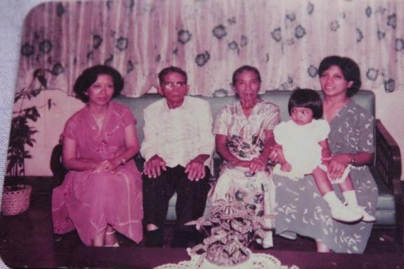 Mendoza-Pablo+family+early+1980s